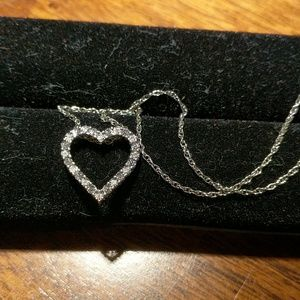 925 Heart diamond accent pendant